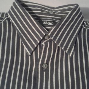 Twill striped dress shirt front pocket large